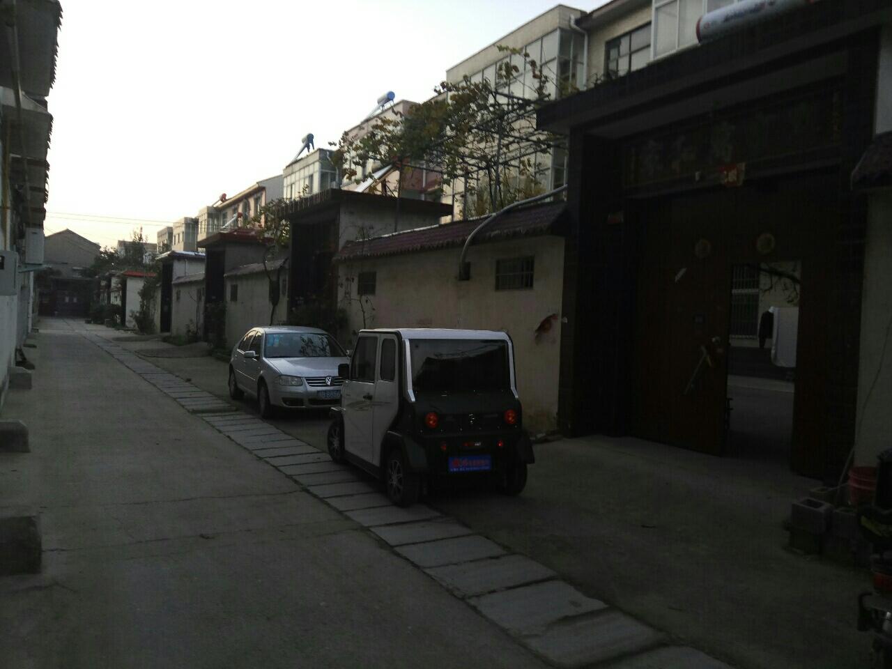 紫金华府北邻小院115万元