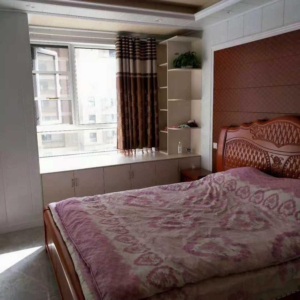 翡翠城3室 2厅 1卫58万元