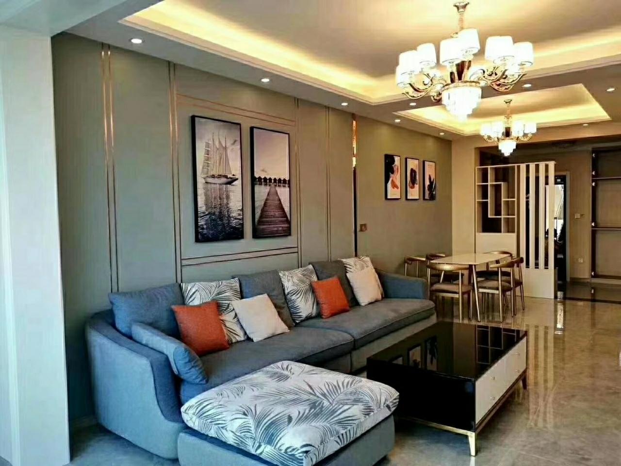 世纪春天二期3室 2厅 2卫93.8万元