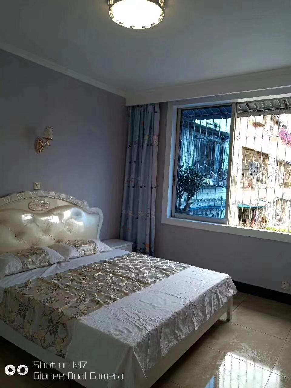 城南市场3室 2厅 1卫59.8万元