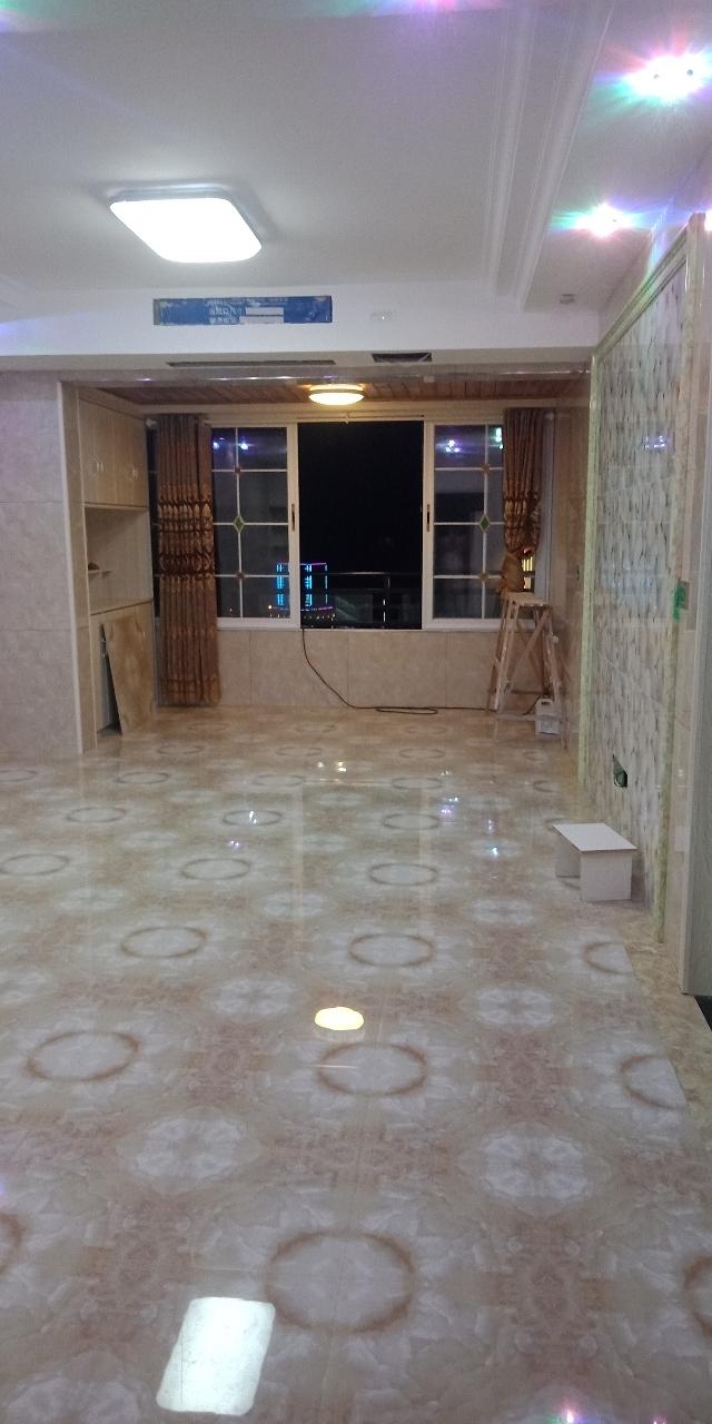 锦江竹苑3室 2厅 2卫78万元