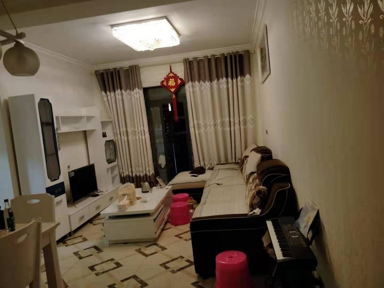 黔龙阳光国际一期2室 2厅 1卫48万元