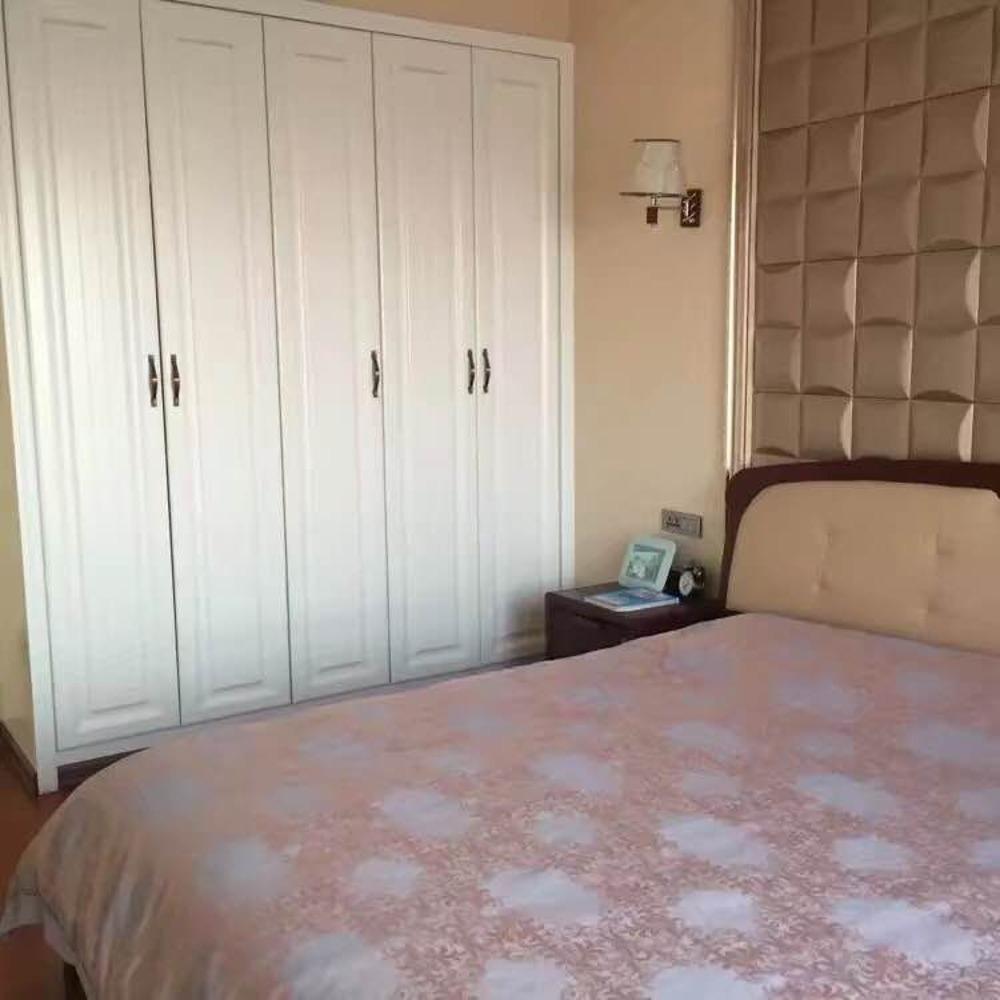 春茂·颐馨园3室 2厅 2卫82万元