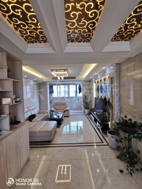 永新南苑3室 2厅 2卫108万元
