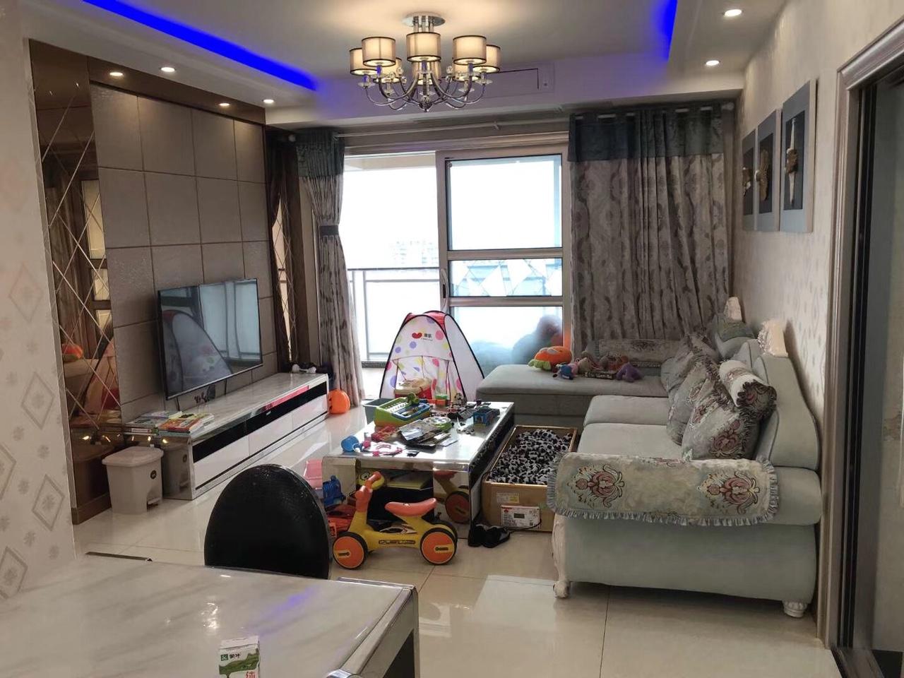黔龙阳光国际二期4室 2厅 1卫112万元