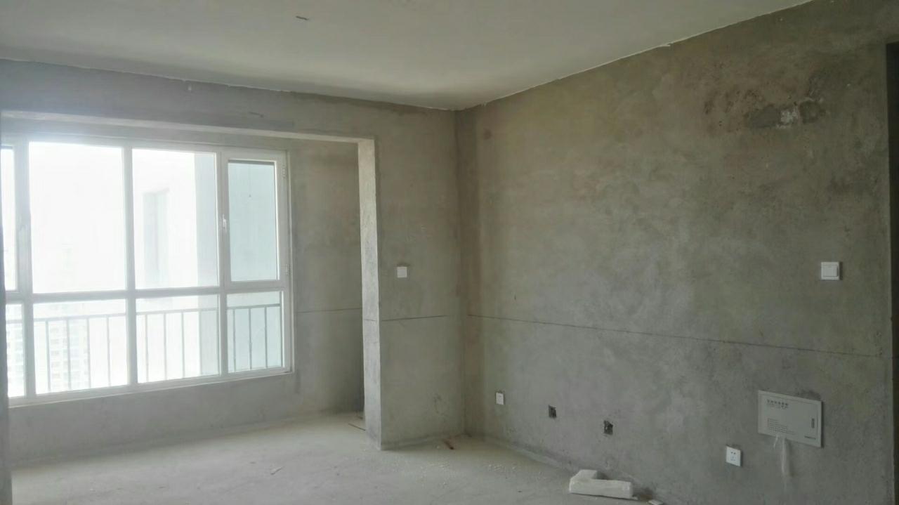 东方明都嘉苑3室 2厅 1卫61.8万元