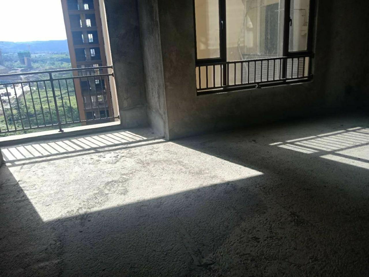 观澜湖毛坯房急售电梯20楼采光采样好!