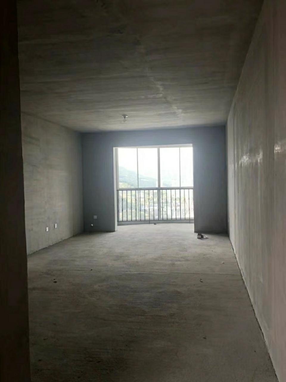 梓江新城电梯房2室 2厅 1卫30万元