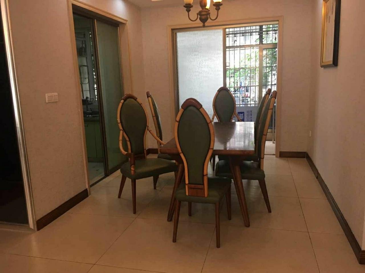 丽都滨河二期3室 2厅 2卫88.8万元