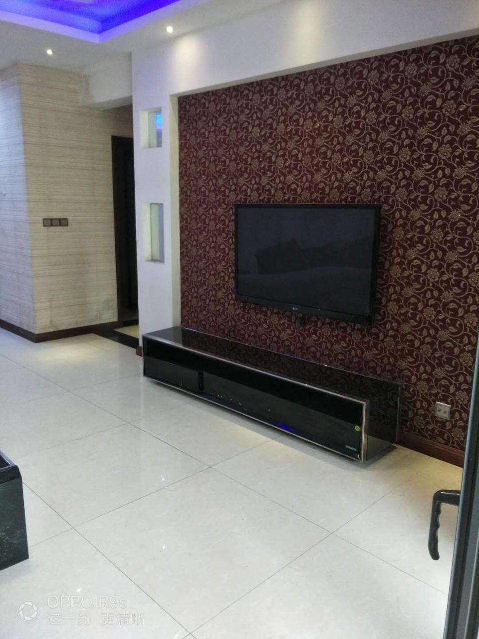 玫瑰湾3室 2厅 2卫79.80万元