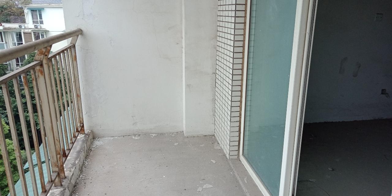蜀江瑞园2室 2厅 1卫56.8万元
