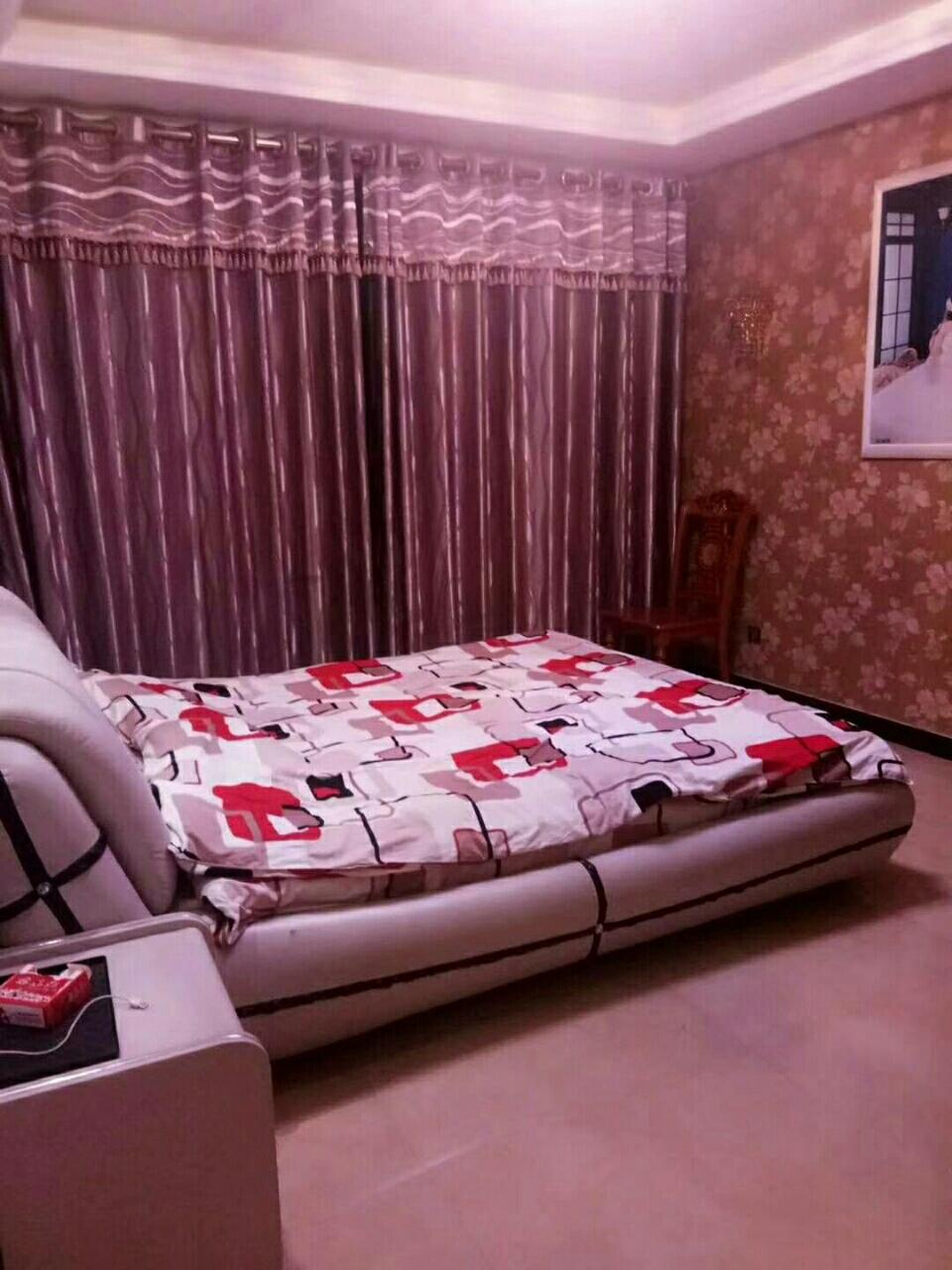 汇邦上东城小区3室 2厅 2卫112万元