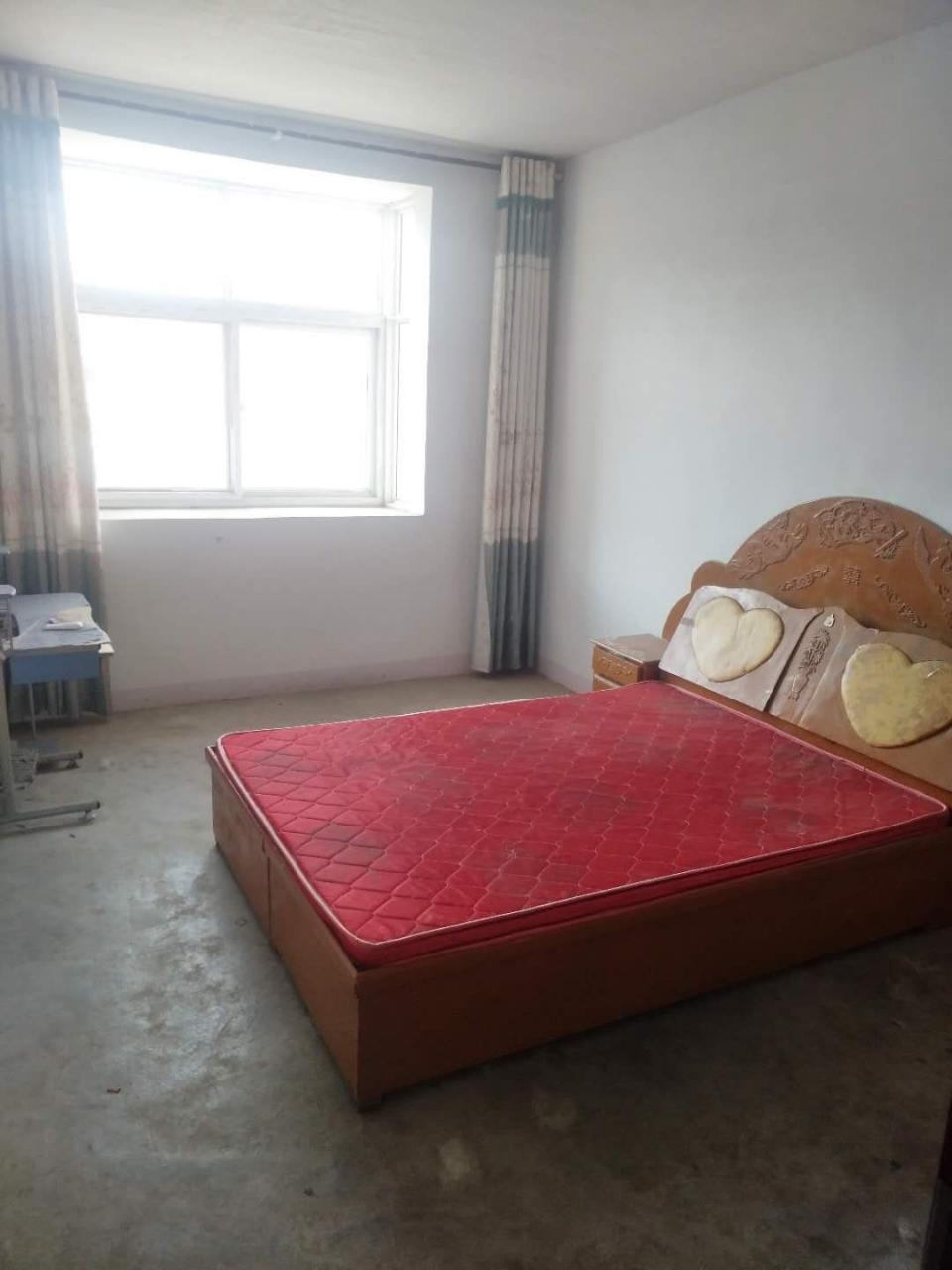 平舆县文化新城房屋低价出36.8万元有证