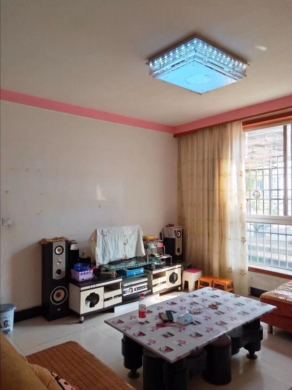 昆仑路2室 2厅 1卫27.6万元