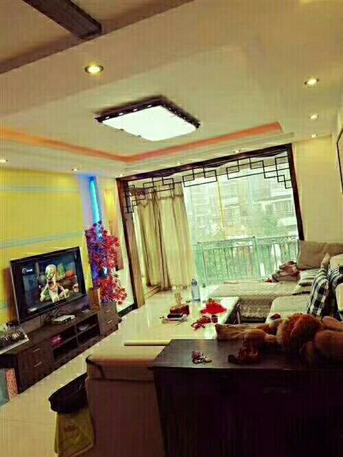 龙腾锦城3室 2厅 2卫,加送10平方的洗衣房