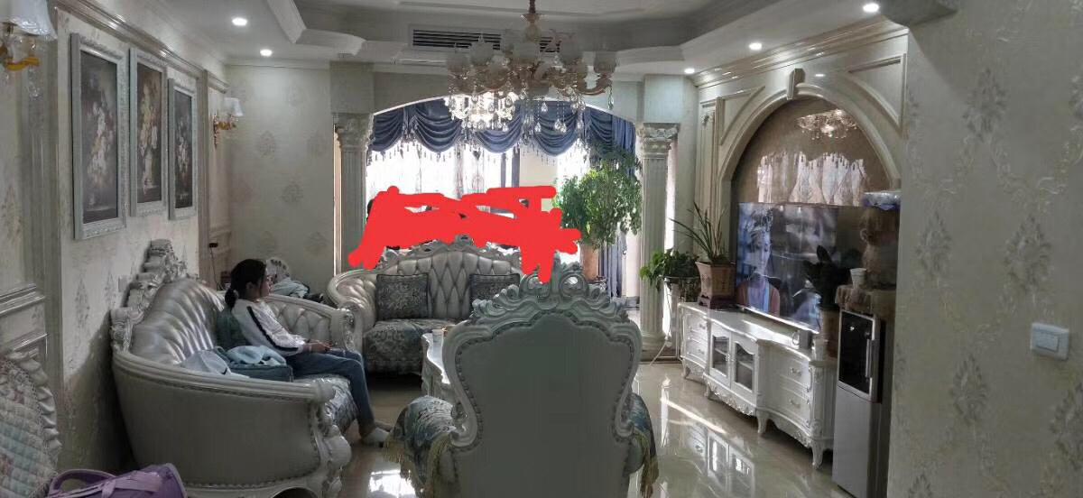 御景湾3室 2厅 2卫92万元