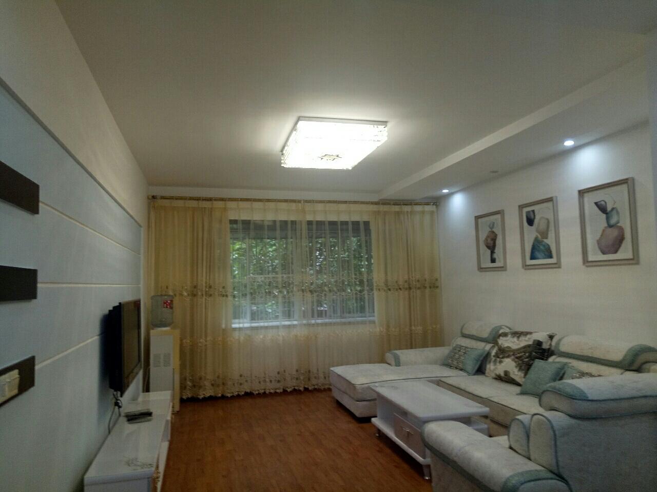 春光花園3室 2廳 2衛72.6萬元