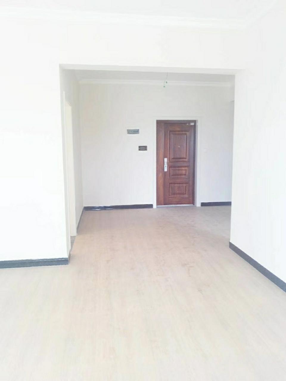宏博梓江锦城3室 2厅 1卫