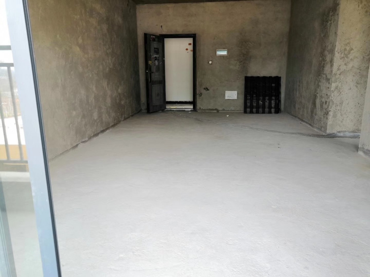 松桃城南小商品3室 2厅 2卫33.4万元