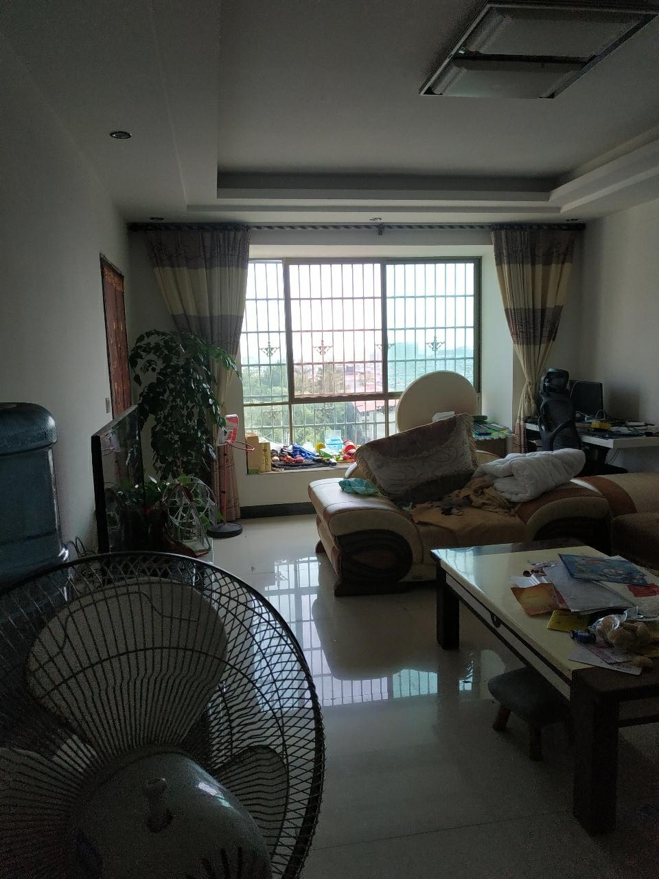 锦绣桃园3室 2厅 2卫86万元