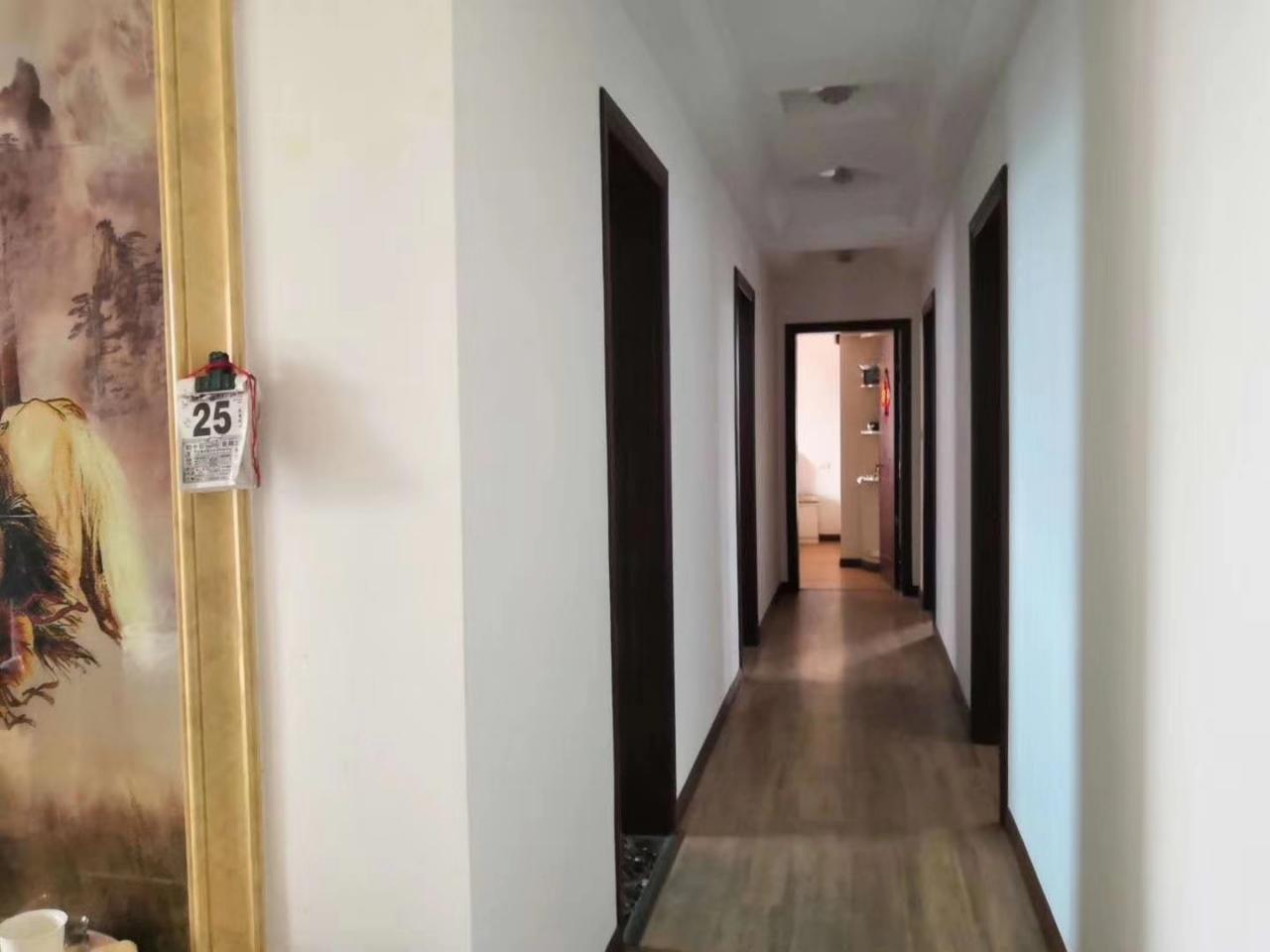 万象君汇4室 2厅 2卫72.8万元