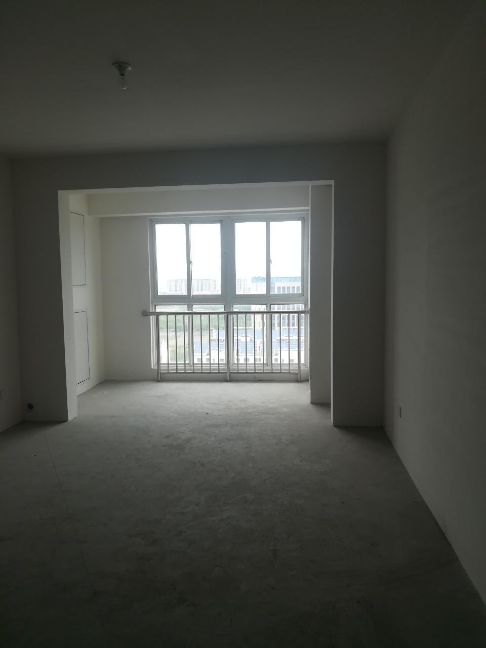 鑫城苑3室 2厅 1卫100万元