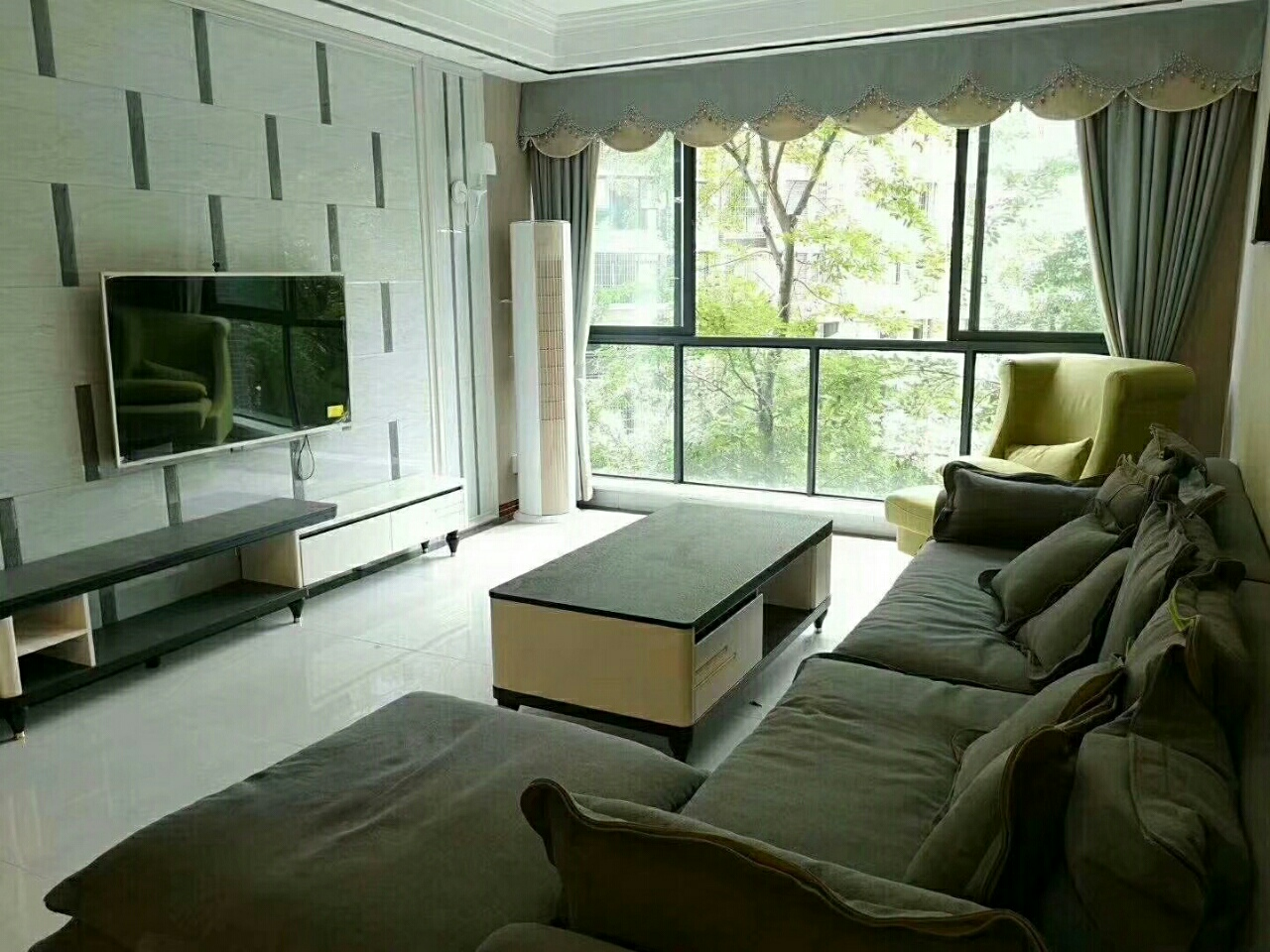 皇家茗邸3室 2厅 1卫92万元