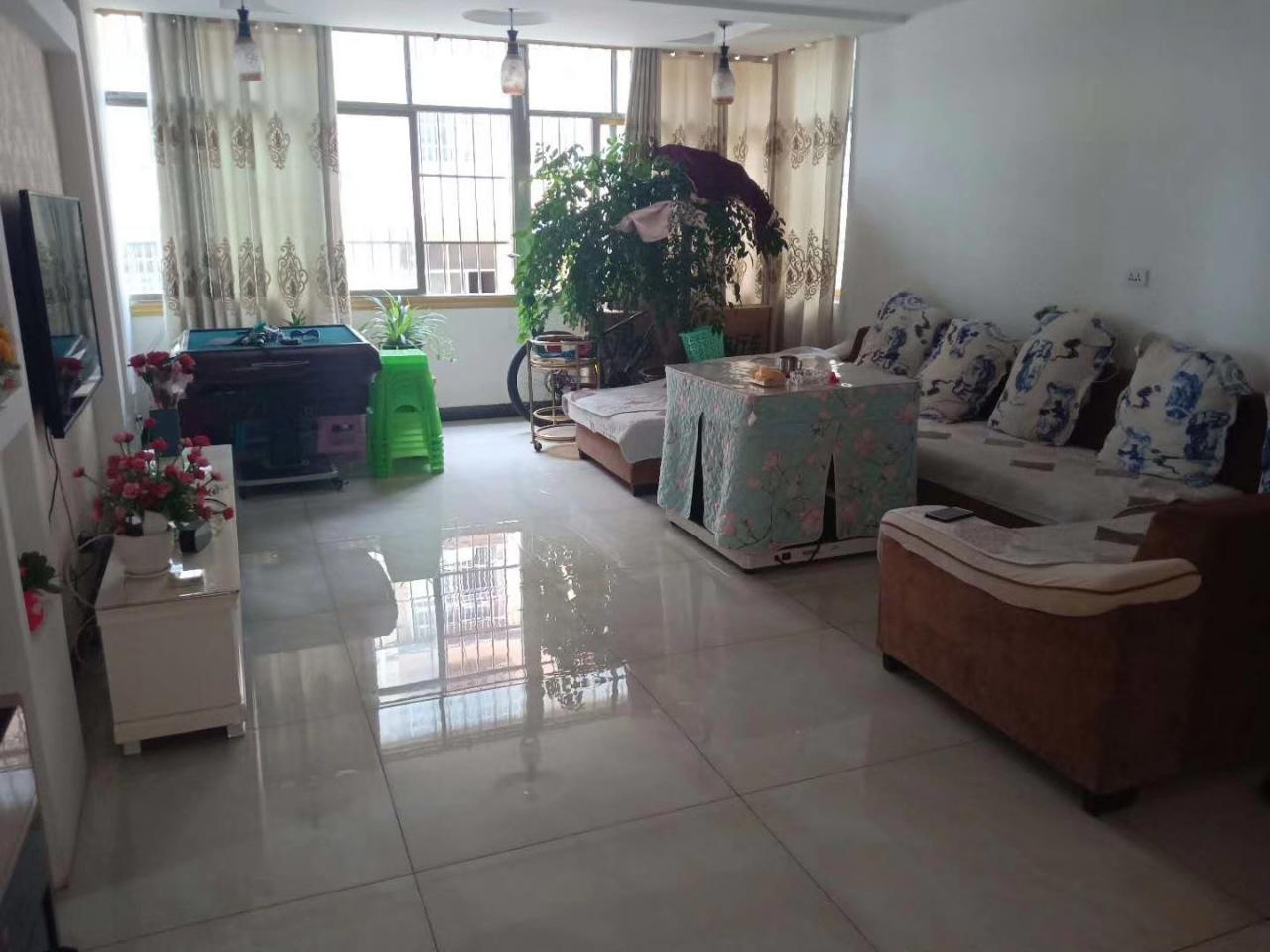 开阳县望城坡小区3室 1厅 1卫29.8万元