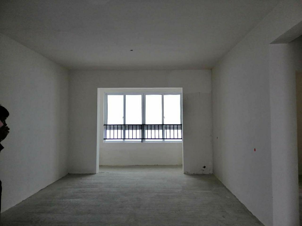 谦翔财富中心3室 2厅 2卫44.8万元