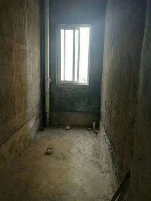 开磷盛世新城3室 2厅 2卫49.8万元