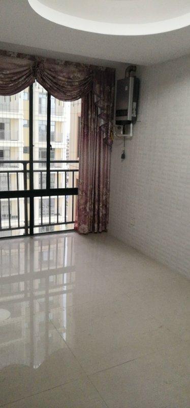 亚澜湾3室 2厅 2卫83万元