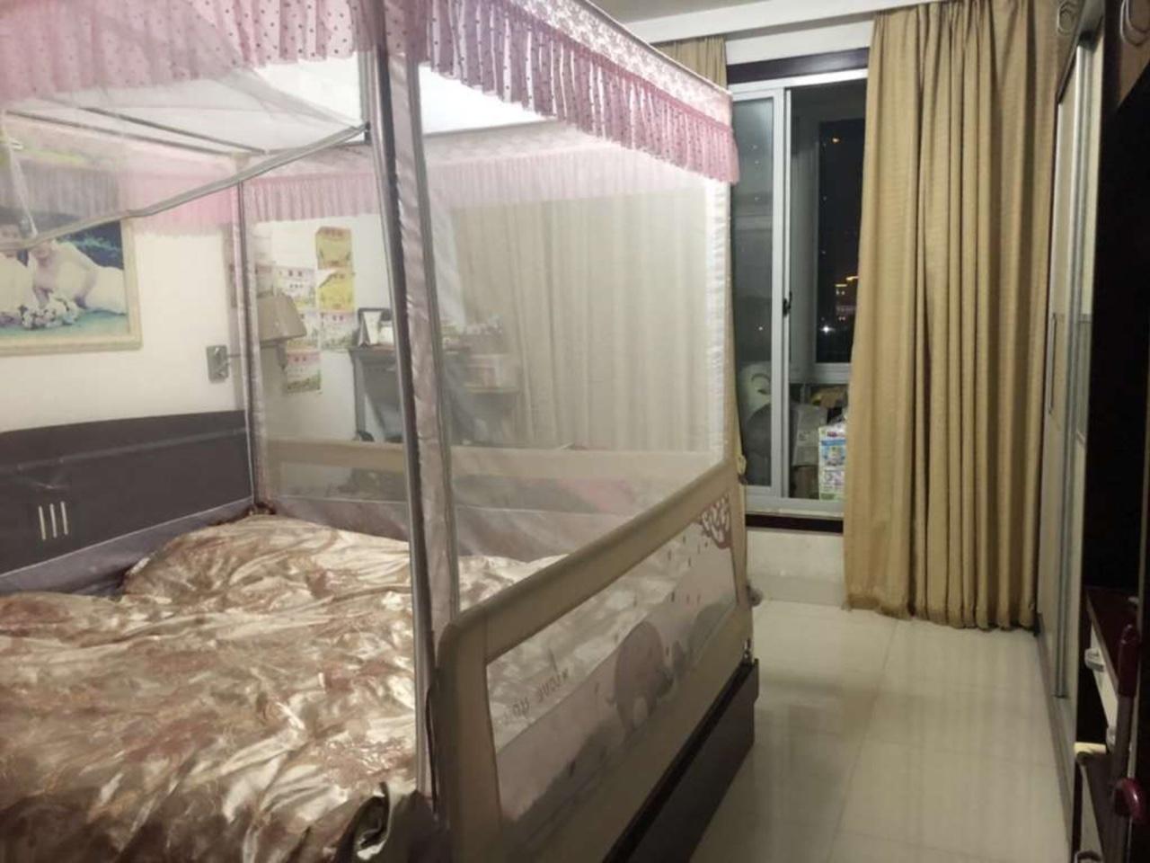 世纪豪庭4室 2厅 2卫115万元