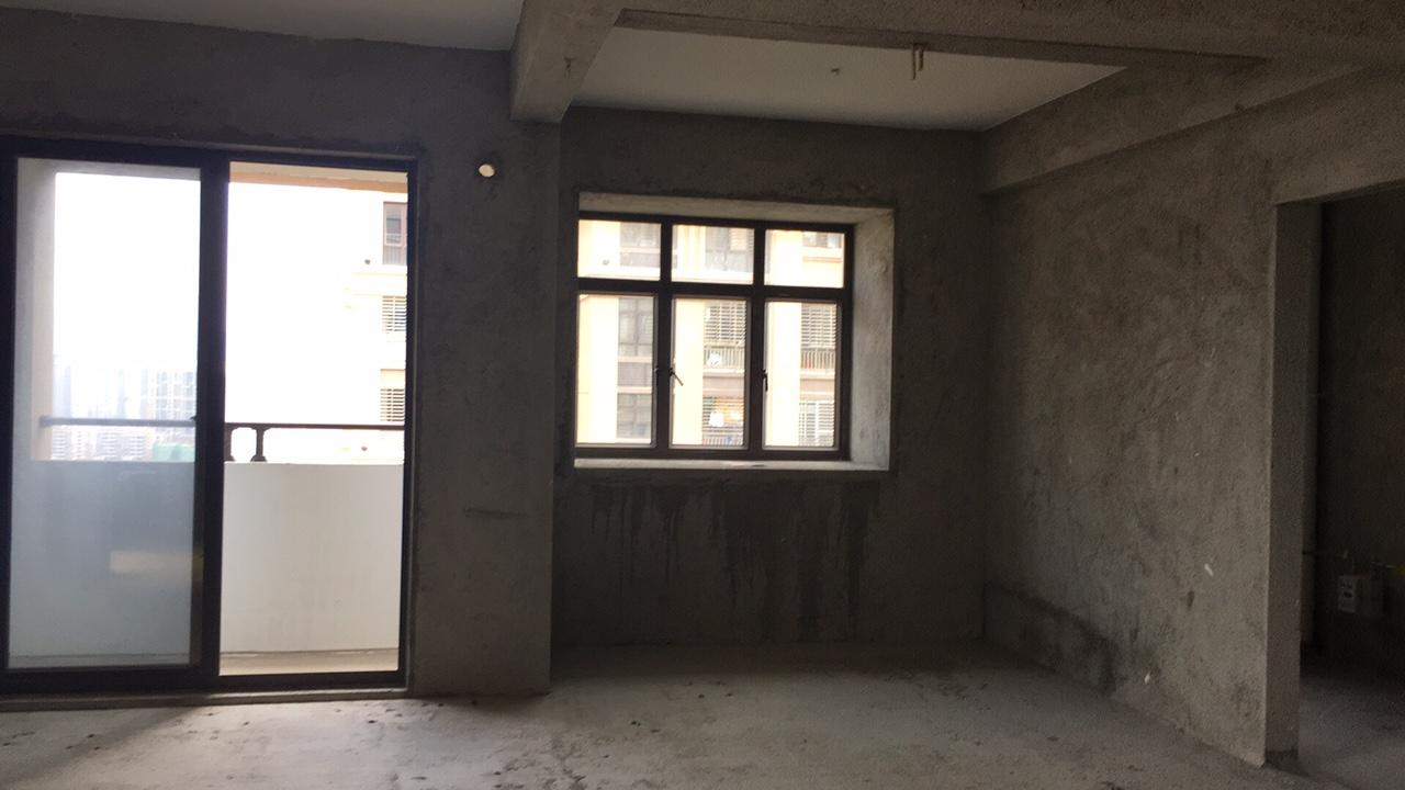 盛世金元3室 2厅 2卫152万元