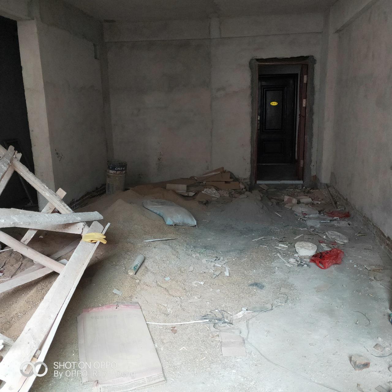 南水周屋安置點3室 2廳 2衛29.8萬元