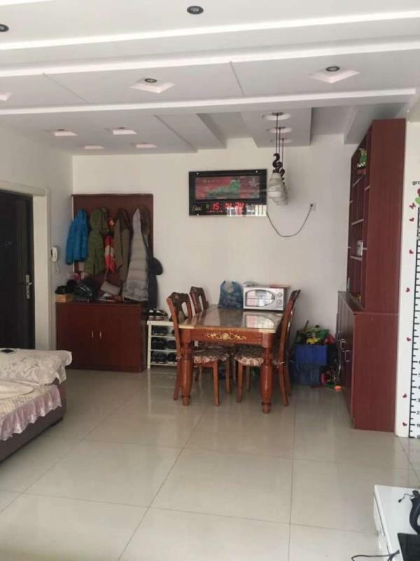 日上滨湖小区2室 2厅 1卫88万元