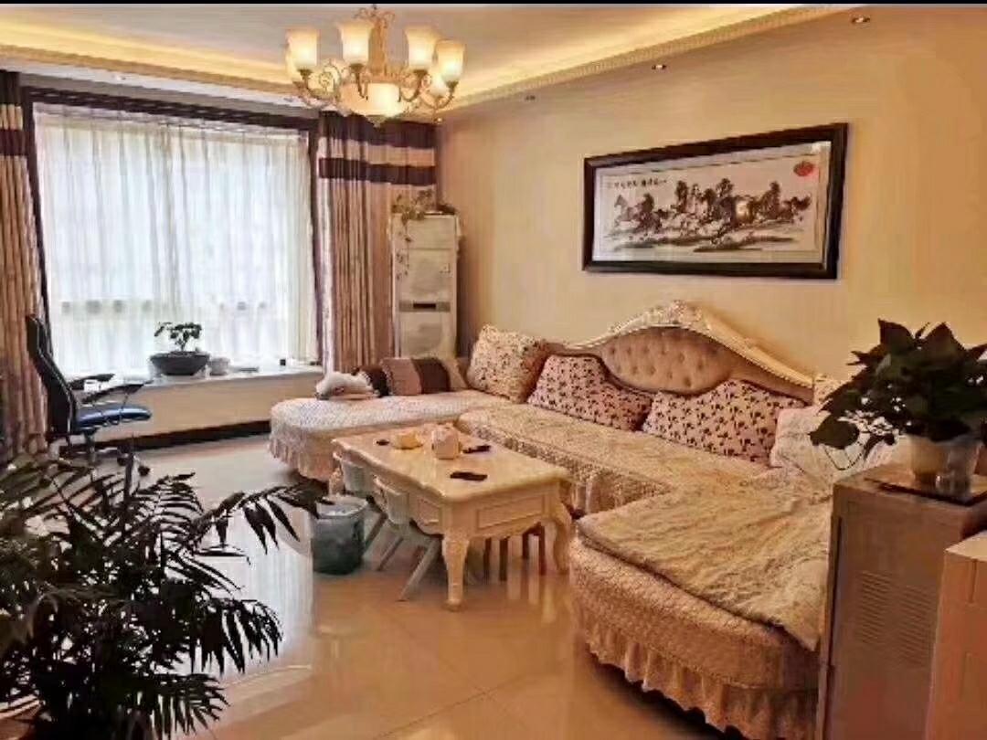 一江宏城3室 2厅 1卫120万元