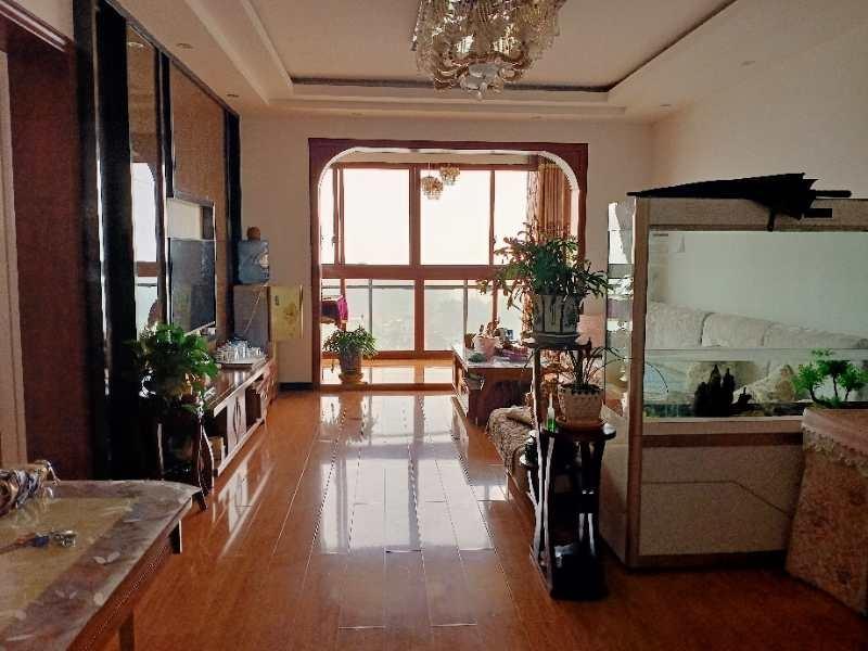 万象君汇3室 2厅 2卫74.8万元