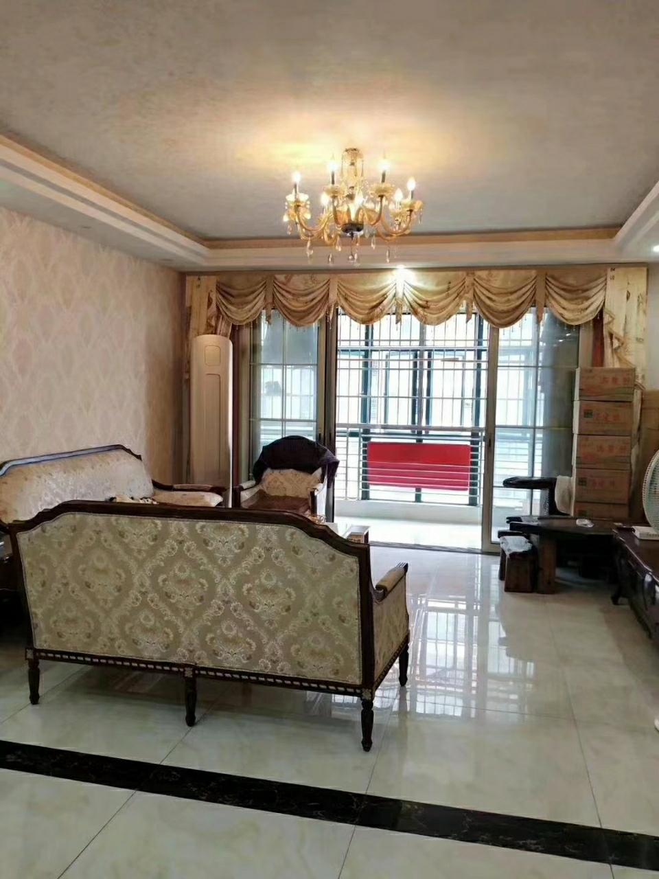 桃江御景3室 2厅 2卫108万元