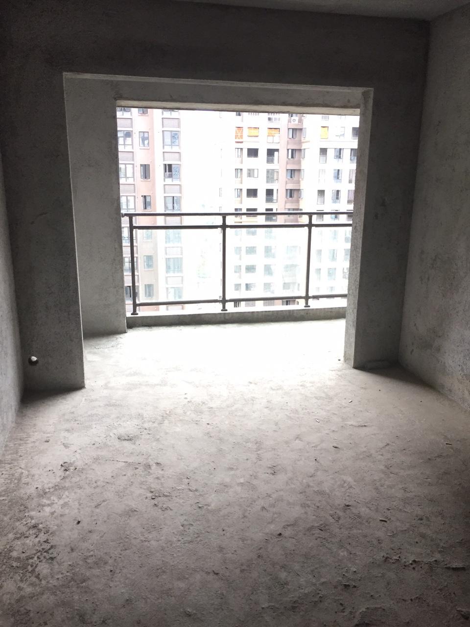 尚學領地三期3室 2廳 2衛120萬元