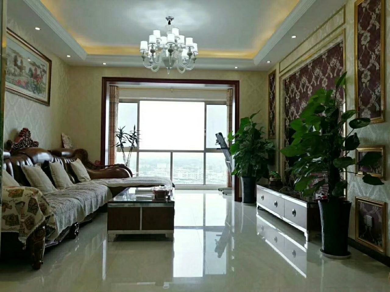中城国际社区3室 2厅 2卫102万元