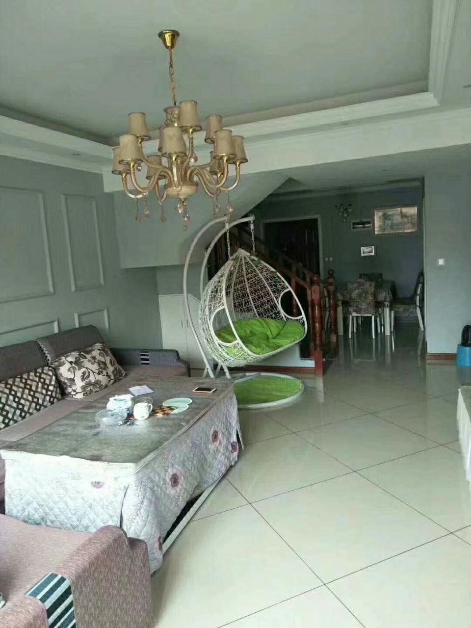 磐石·圣缇亚纳4室 2厅 2卫89.8万元