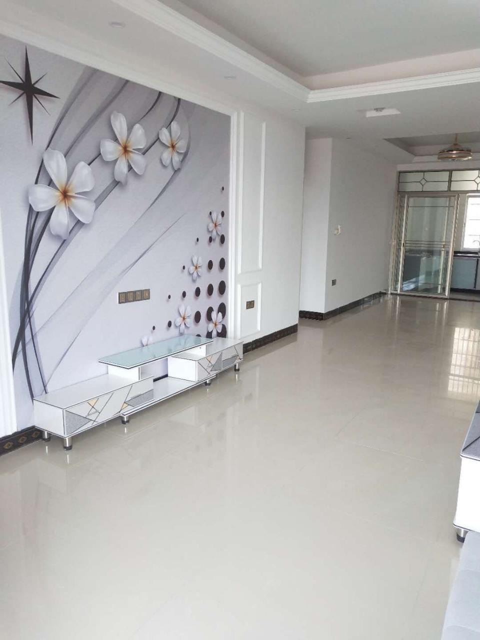 福麒山庄旁,3室2厅,全新精装修,只要83万!!!