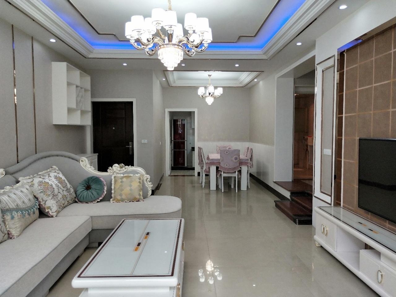 城南佳景3室 2厅 2卫58万元