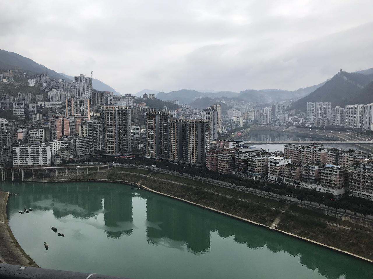 香江国际港湾3室 2厅 2卫76万元