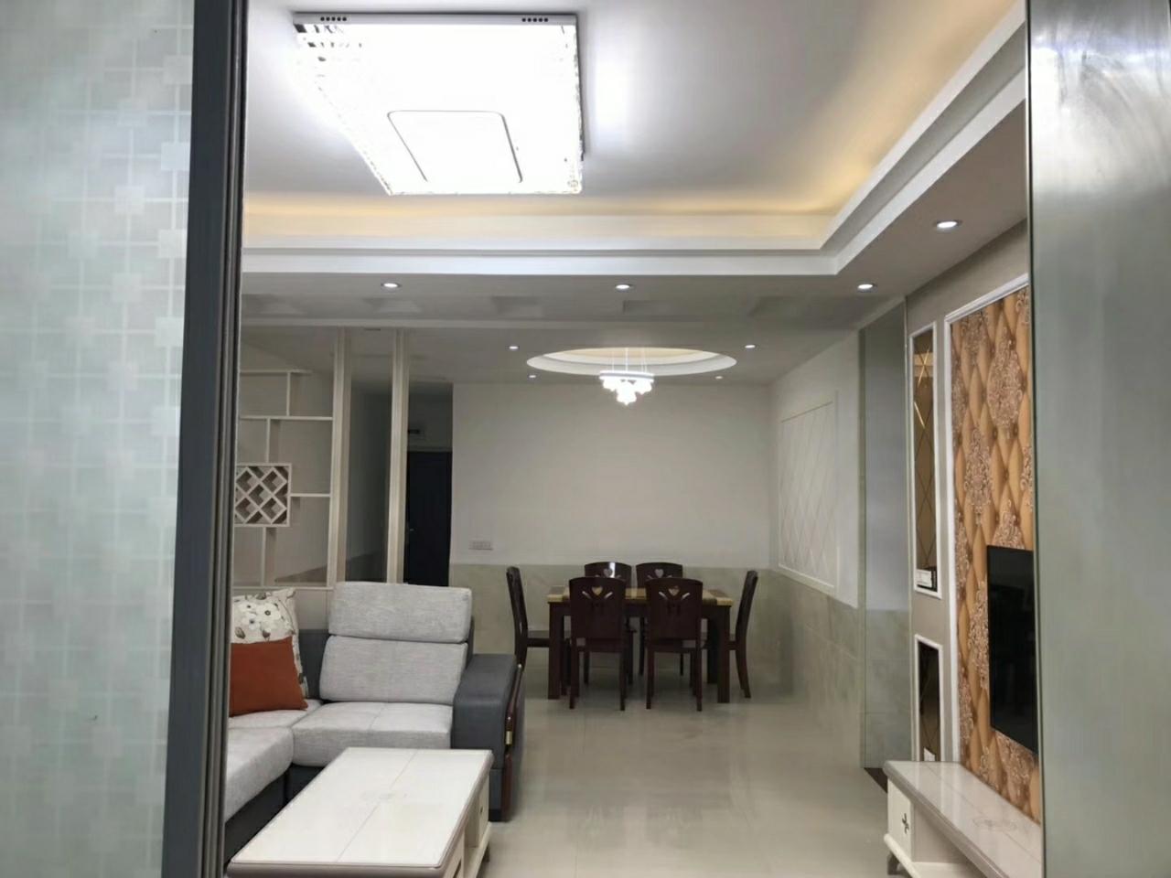 万泰翡翠城3室 2厅 2卫62.8万元