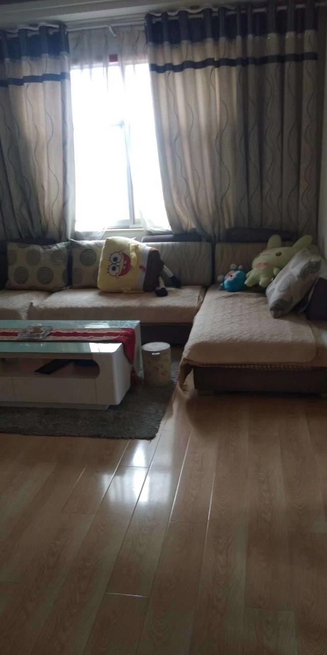 人行宿舍3室 2厅 1卫65万元