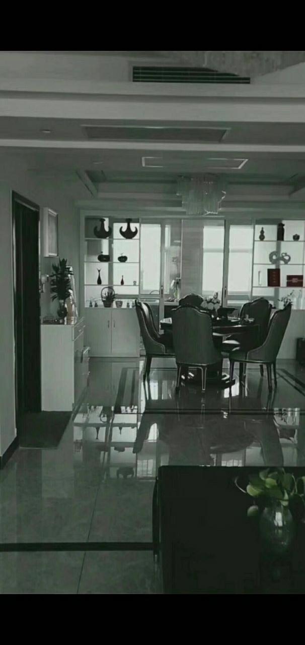 上海城3室 2厅 2卫79万元