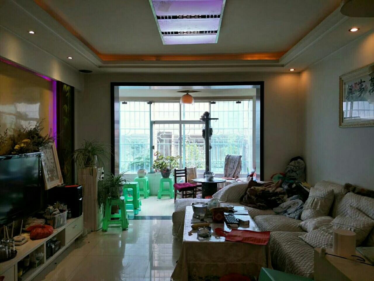 龙腾锦城3室 2厅 2卫,户型好