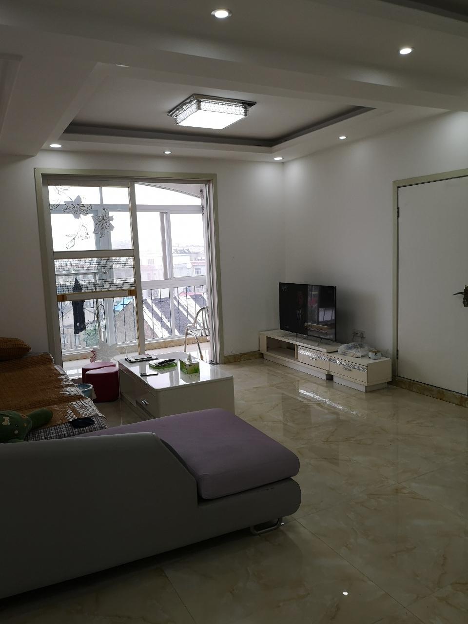 紫荆苑3室 2厅 1卫56万元