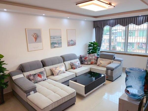 仁寿大道4室 2厅 2卫76.8万元